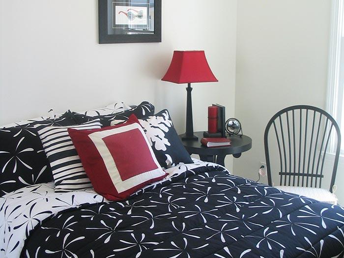 friendship-bedroom